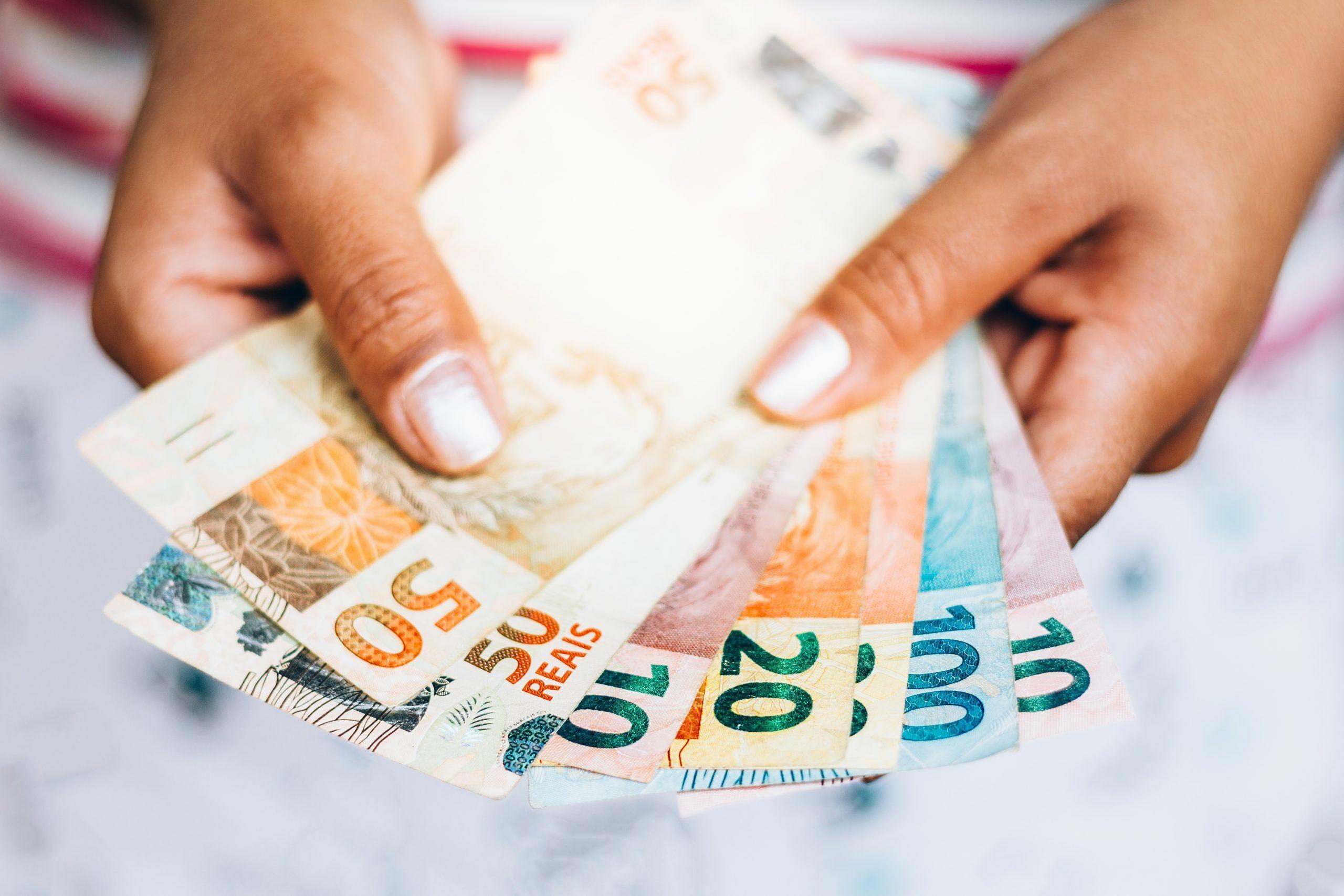 Governo anuncia linha de crédito para folha de pagamento