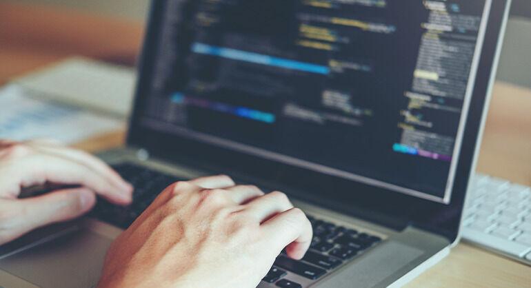 Inconstitucionalidade da incidência de ICMS nas operações com software
